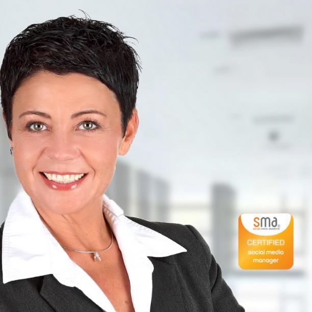 Hedda; Social-Media-Managerin bei Internetagentur Webrgb